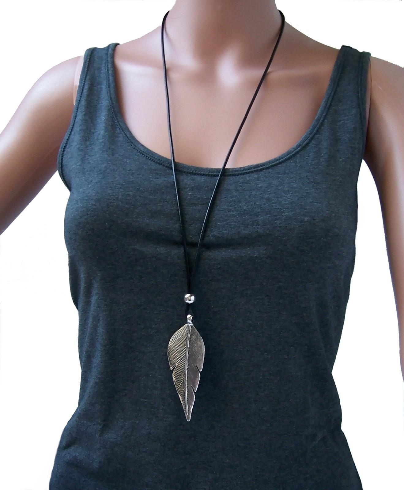 Kette lange Halskette Lederlook schwarz Blatt Anhänger silber K1865